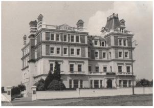 Original photograph of Molyneux Place circa 1960.
