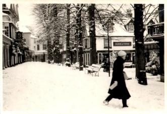 Original photograph of the Duke of York on the Pantiles 10/1/1960.