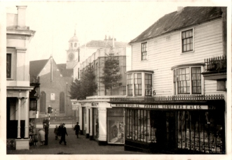 Original photograph of the Pantiles December 1959.