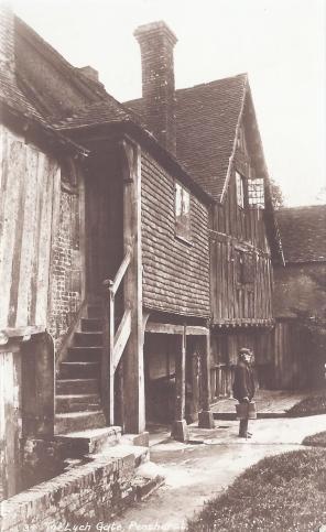 Postcard of the Lynch Gate, Penshurst.