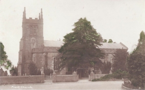 Postcard of Frant Church.